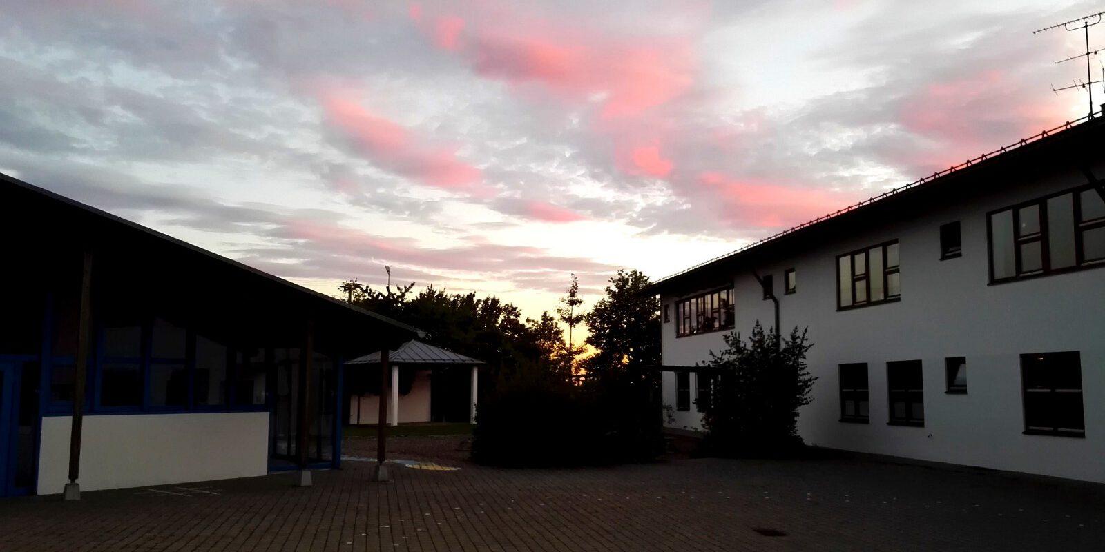 Willkommen an der Schule Schernfeld!
